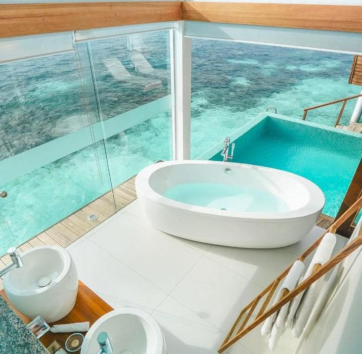 Ванны в отелях мира